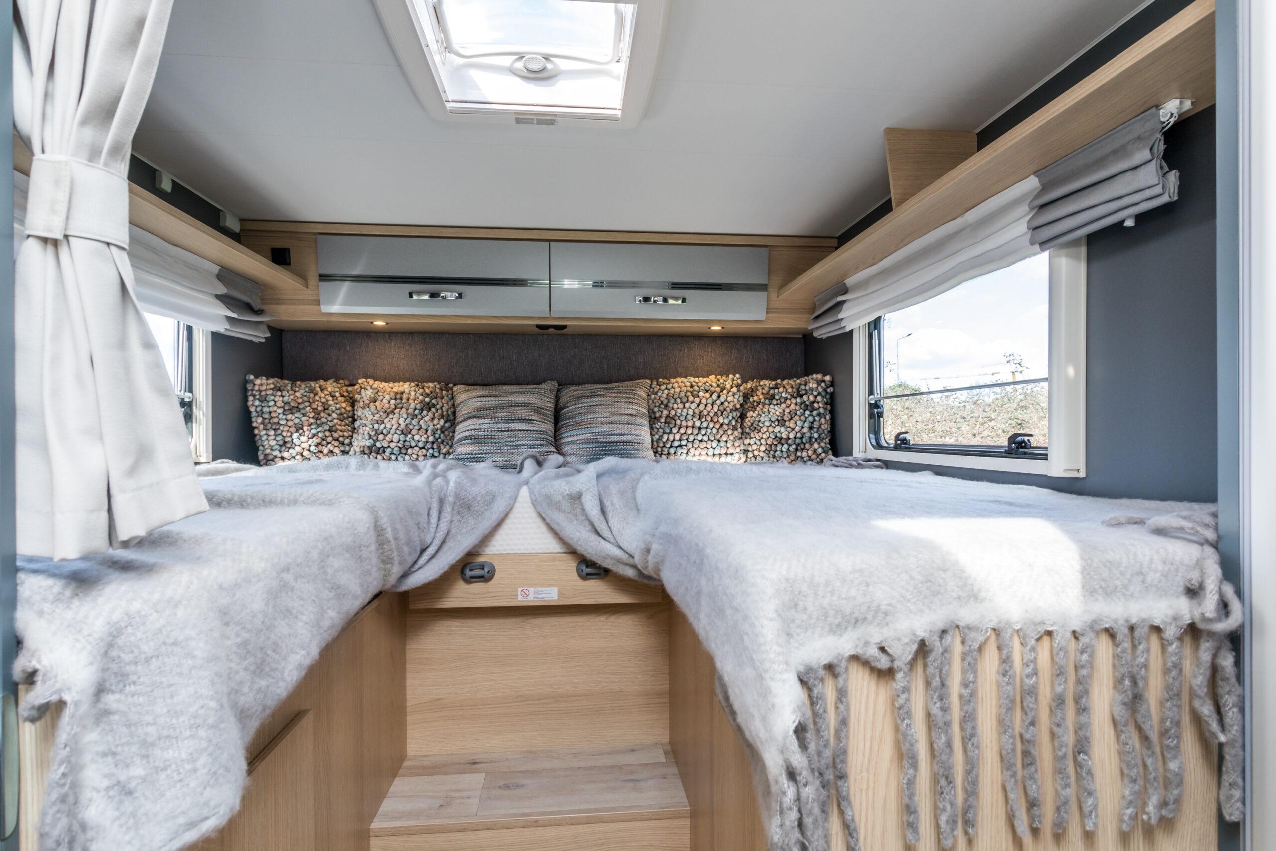 luxe camper dethleffs slaapkamer dabentie